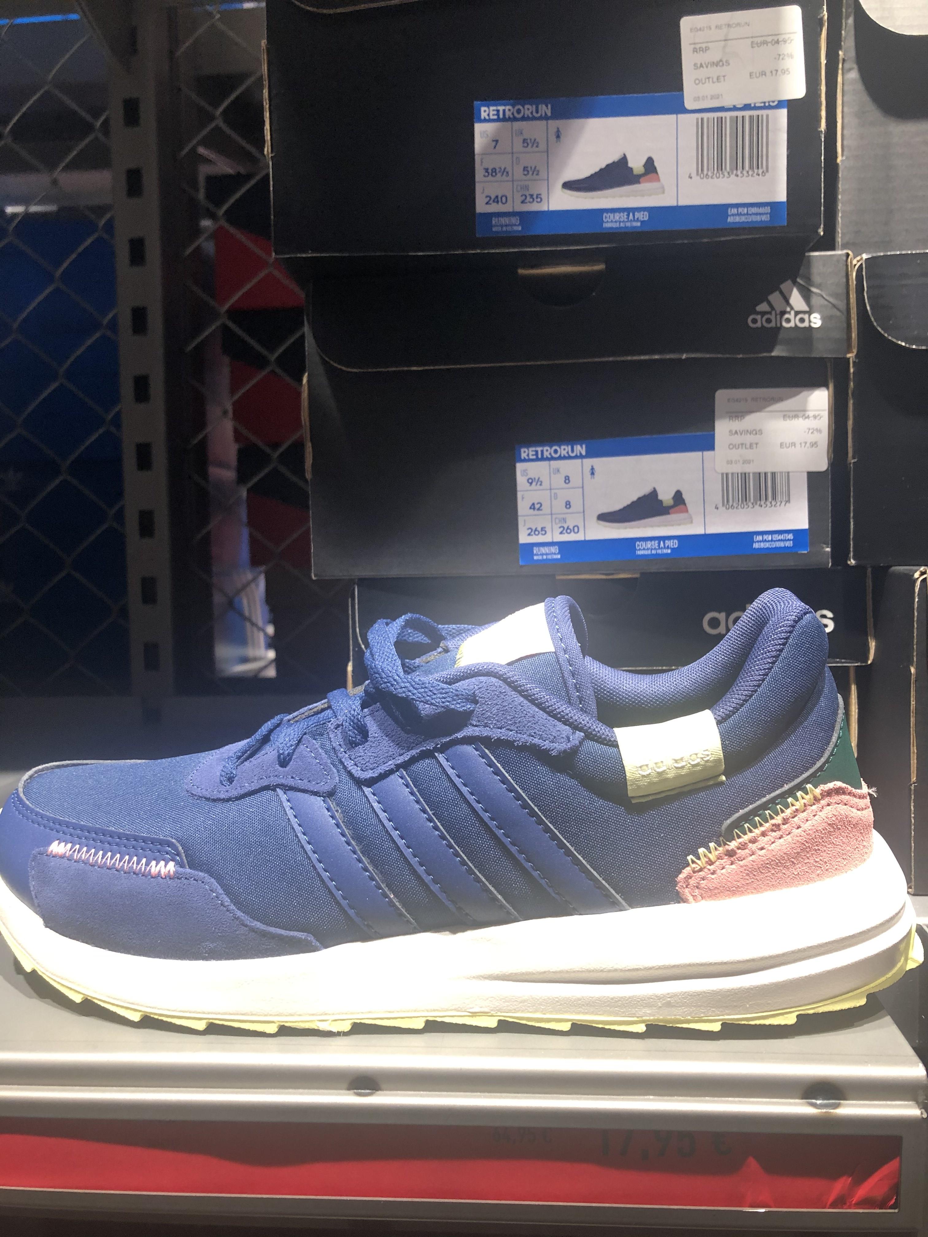 Adidas Retrorun (Outlet Nassica - Getafe)