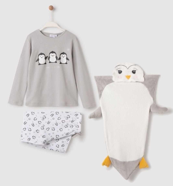 Pijama de niña gris manta pingüino
