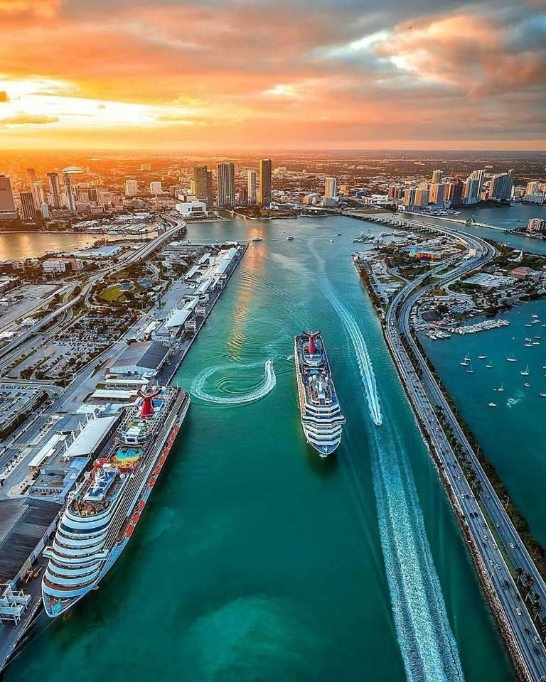 Vuelos directos a Miami desde 160€ ida y vuelta con modificación flexible. Fechas hasta diciembre