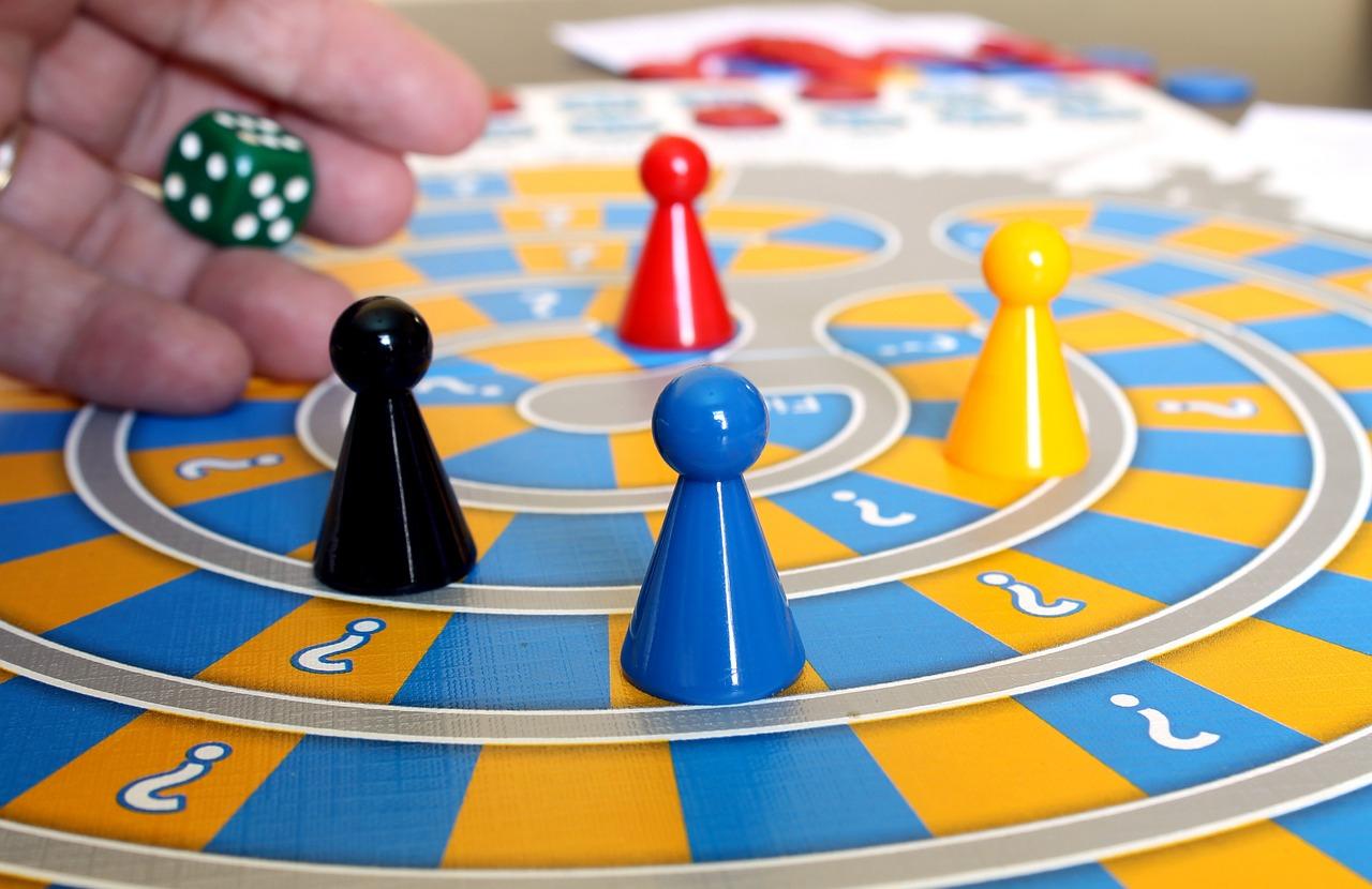 Recopilación juegos de mesa. Dto 40% - 70%. Tienda e-minis.