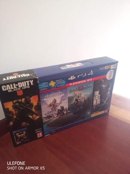 Playstation 4 slim 1tb con 4 juegos y mando-PS4 Carrefour Peñacastillo, Cantabria