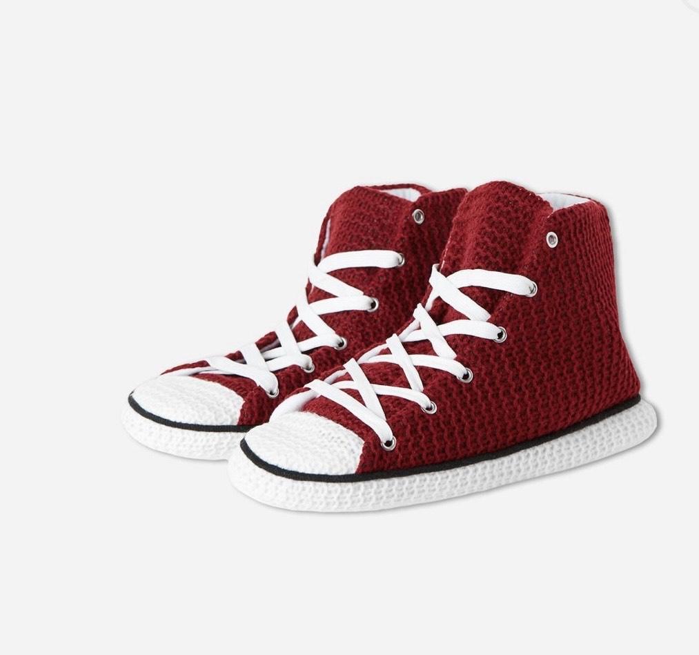 10 pares zapatillas estar por casa por 10€