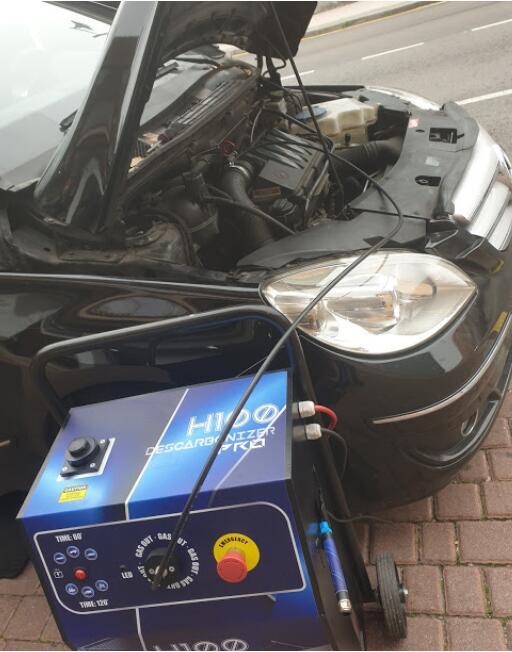 Cambio de aceite, 4 filtros, revisión pre-ITV, lavado interior y descarbonización del motor.