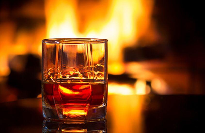 Recopilación de ofertas de bebidas Alcohólicas Premium + Regalos