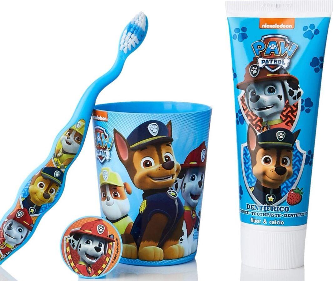 Neceser infantil + Dentífrico + cepillo dental + vaso de la Patrulla Canina