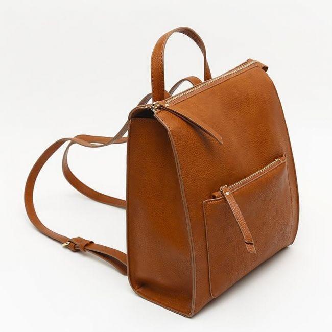 Mira mochila, complemento ideal.
