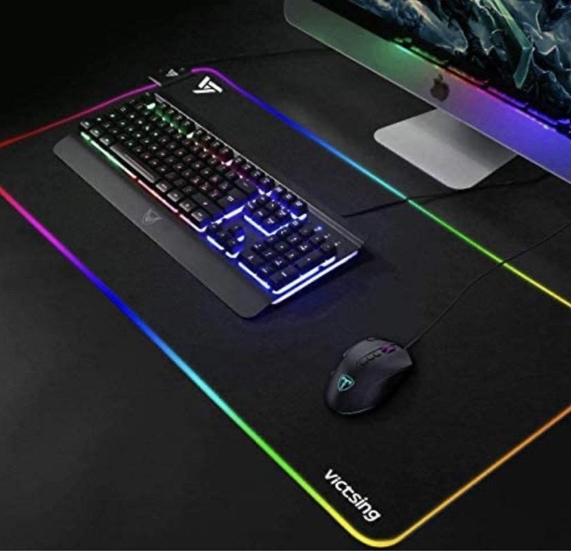 VicTsing - Alfombrilla de ratón para videojuegos (RGB, 800 x 300 x 4 mm, 14 modos de iluminación y 2 niveles de brillo