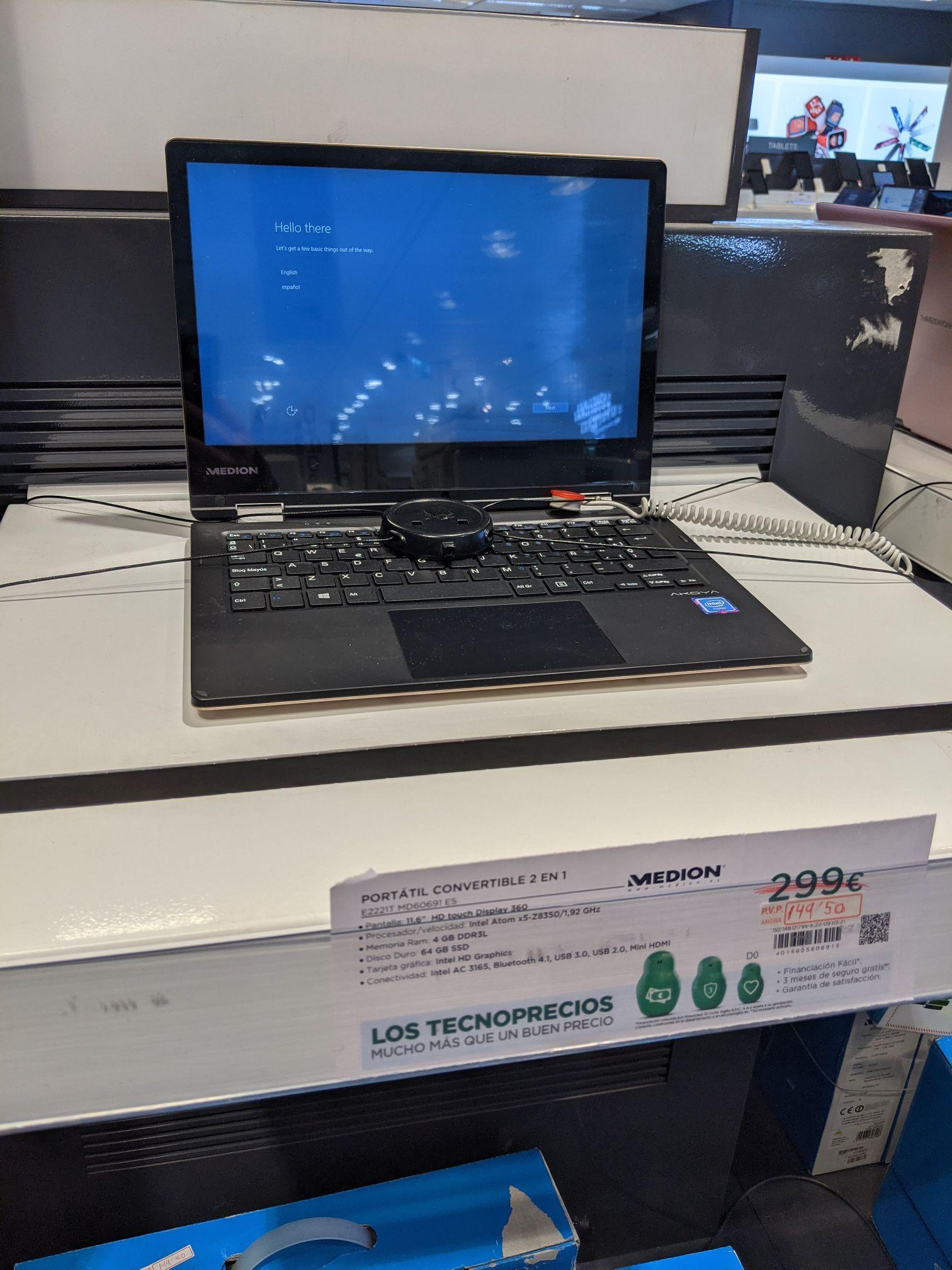 Portátil convertible Medion Akoya intel atom / 4GB RAM / 64GB SSD - El Corte Inglés CC Nuevo Centro (Valencia)