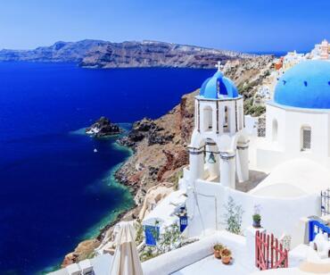 VERANO Vuelos directos a Santorini desde 102€ ida y vuelta