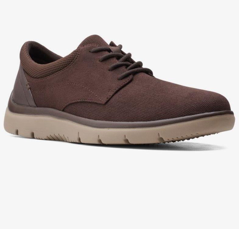 Zapatos Clarks. Tallas 40 a 47. También disponible en negro (descripción)