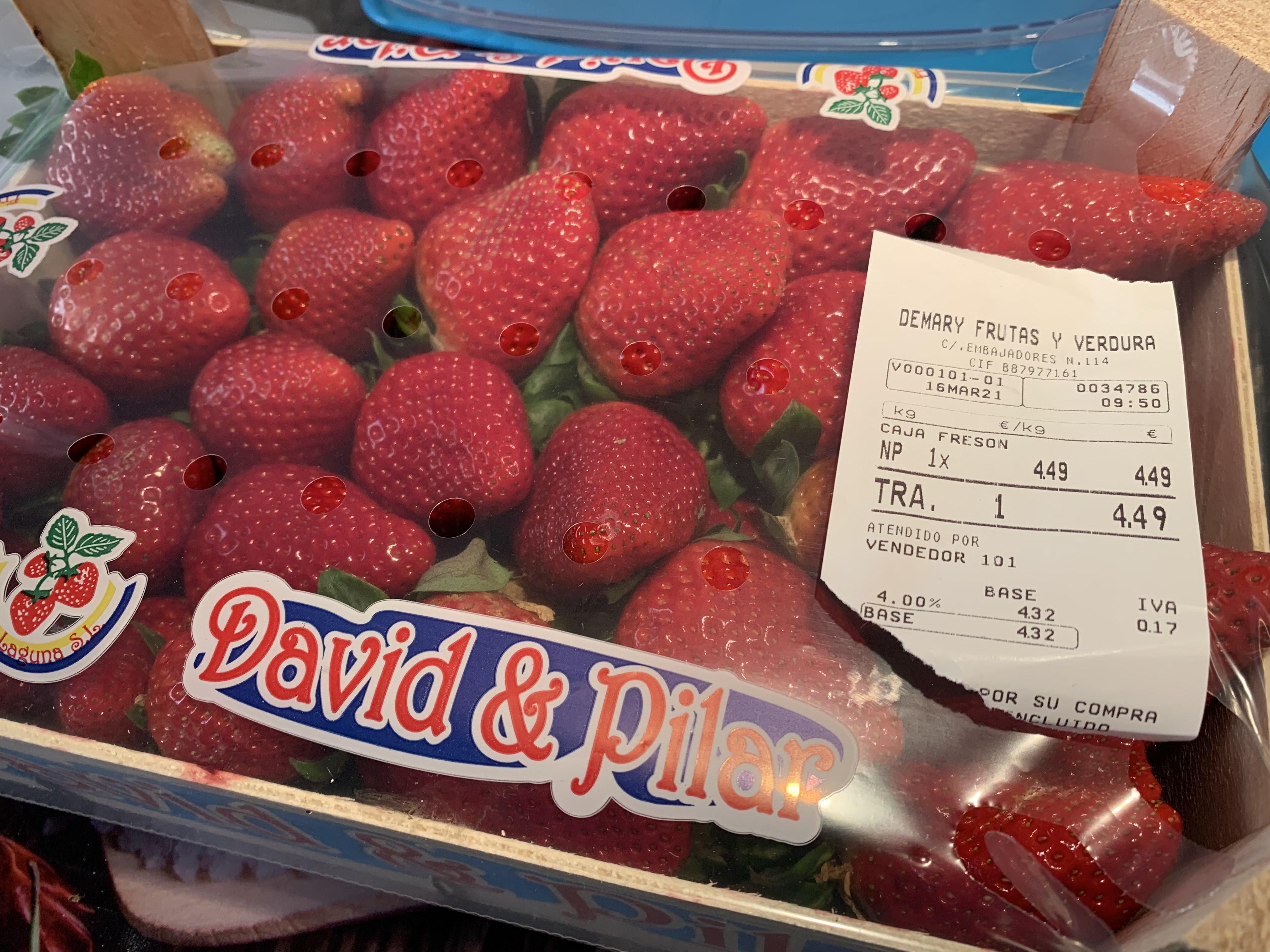 Caja de fresas 2KG a 4,49€