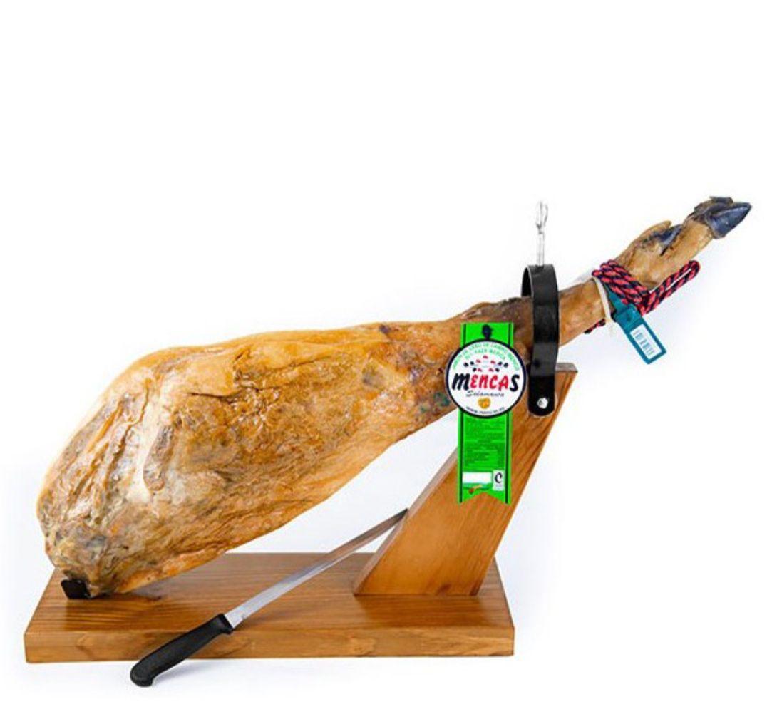 SOLO 109e *JAMÓN DE CEBO DE CAMPO IBÉRICO 50% RAZA IBÉRICA 8- 8'5 kg + tabla.de cortar + cuchillo*