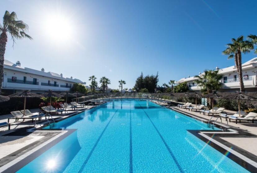 Julio 4 días Lanzarote TODO INCLUIDO 197€/p = vuelos + 3 noches en hotel 4*