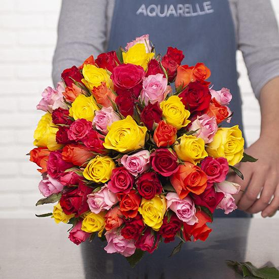 Ramo de 50 rosas al precio de 30 - Ideal regalo Viernes de Dolores