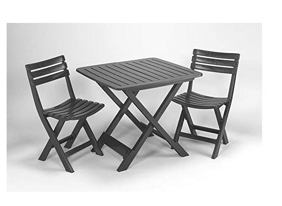 Mesa con dos sillas ideal terraza o campo