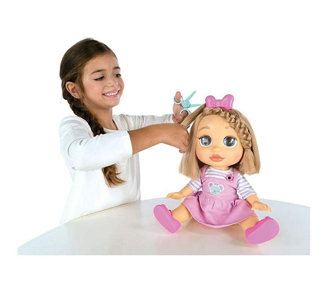 IMC Toys - Muñeca Peke Baby, MIA corta y peina