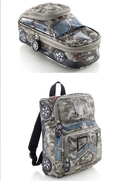 Estuche camuflaje Car con doble compartimento por 2,91€ y Mochila pequeña por 7,06€