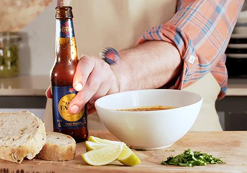Comprando 8€ en cerveza Ambar, te mandan ingredientes valorados en 30€ para hacer chili al ambar