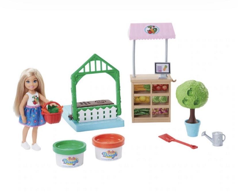 Barbie Muñeca Chelsea y su huerto