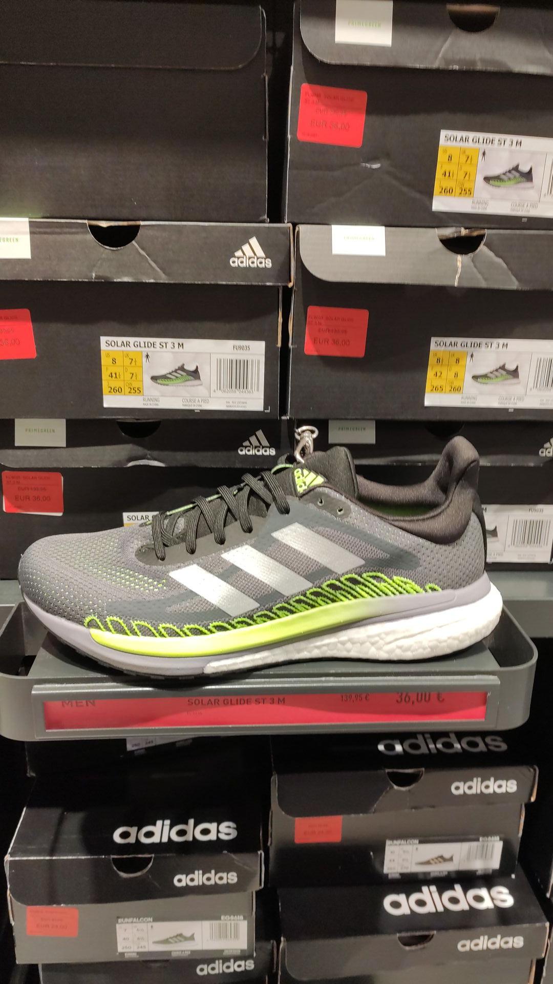 Adidas solar glide st 3 en el outlet de jerez de la Frontera