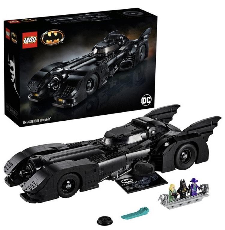 Maqueta LEGO del coche de Batman