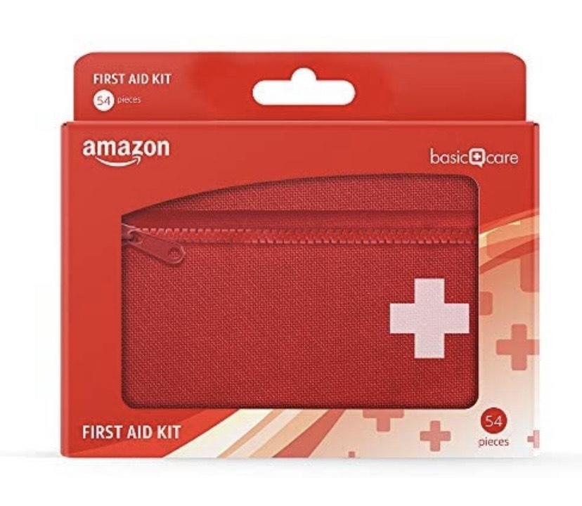 Amazon Basic Care - Kit de primeros auxilios, con 54 accesorios