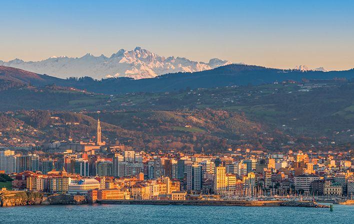 Vacaciones en Gijón: 3x2 en hoteles