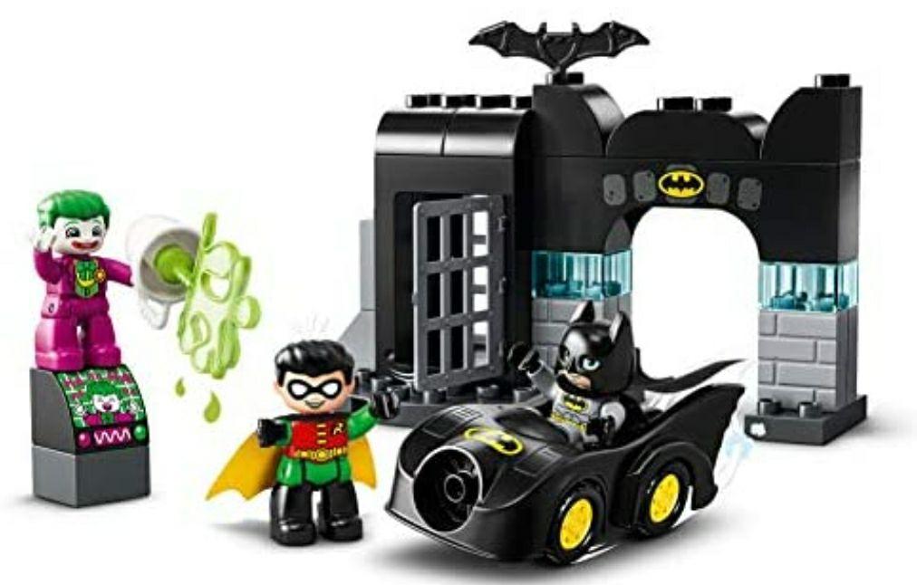 Duplo Batman (batcueva)