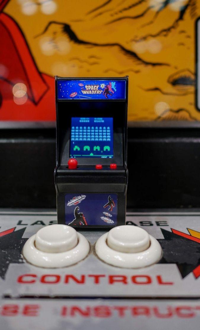 Llavero Mini Arcade Space Invaders