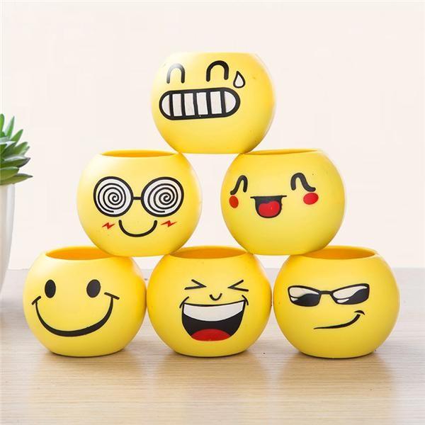 Emoticetas, para que aburras a los emoticonos aún más