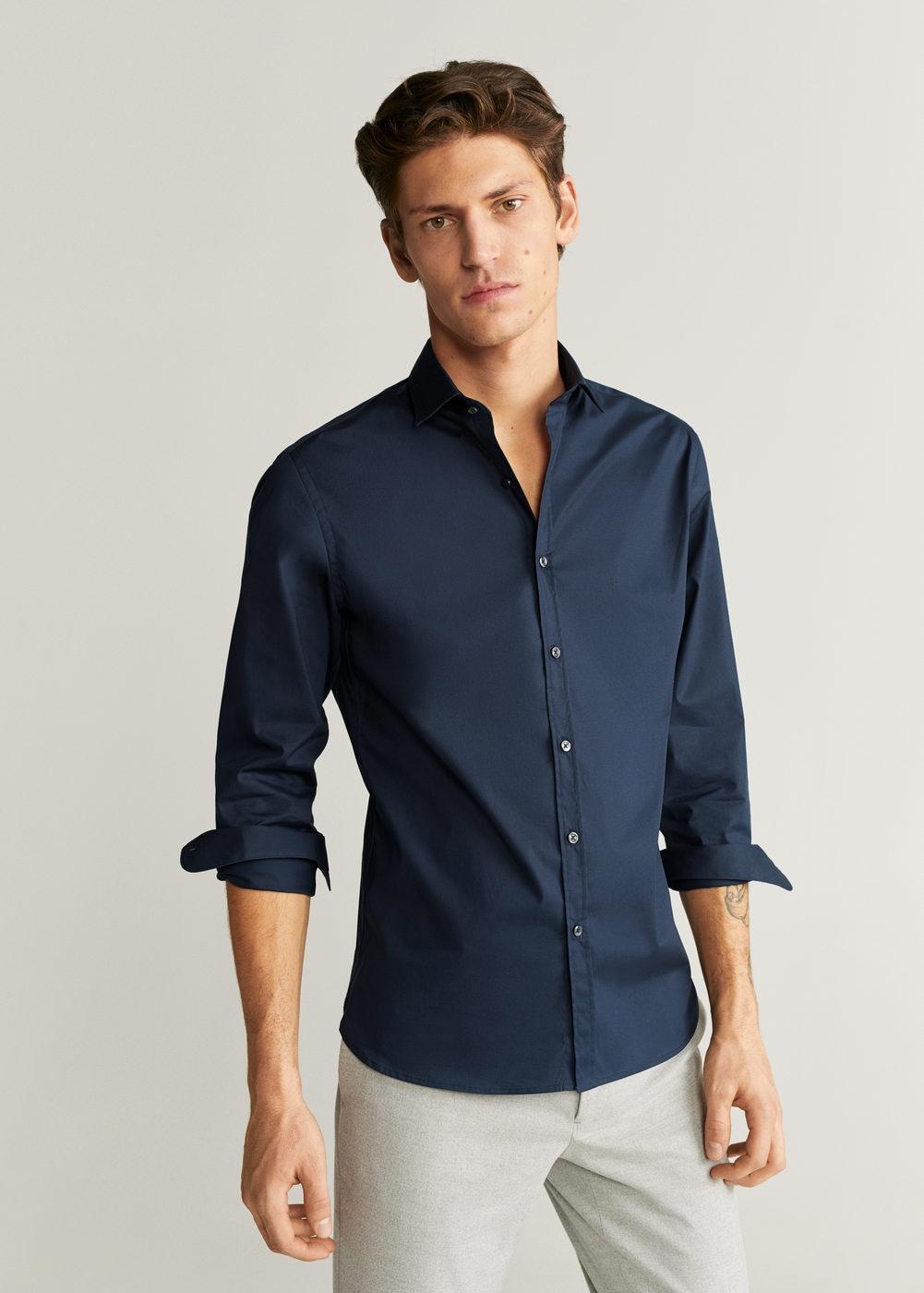 Camisa básica en varios colores para hombres