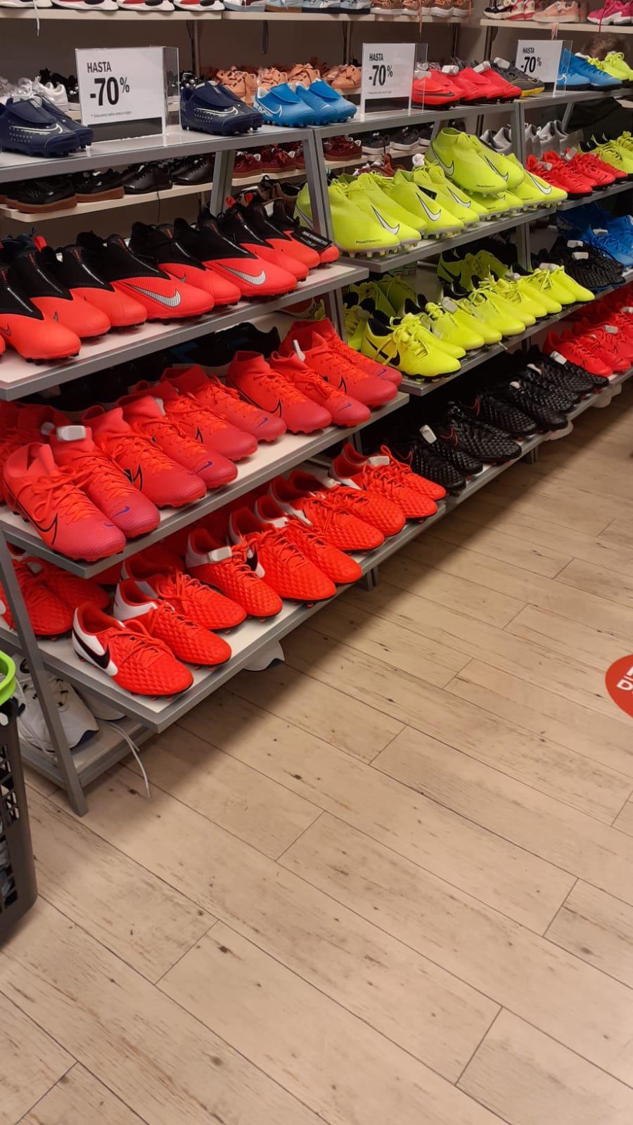 Botas de fútbol Nike 87%descuento en Outlet Corte Inglés Ferrol