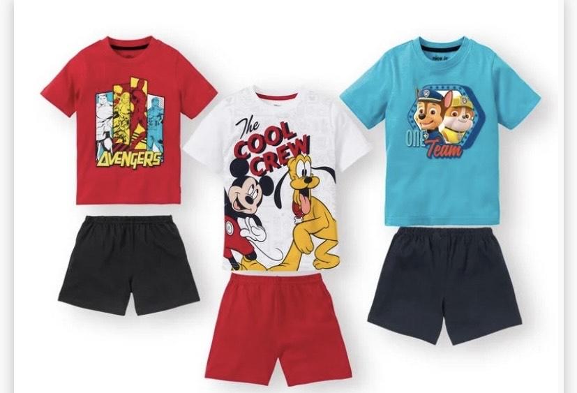 Pijama con pantalón corto Mickey, Avengers, Patrulla Canina infantil