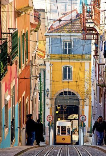 JUNIO Lisboa 70€/p= 4 noches en hostal + vuelos desde Valencia