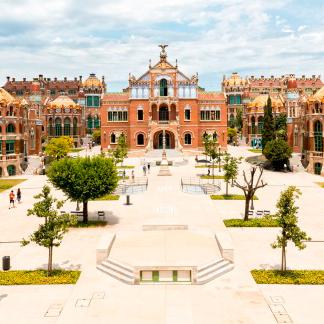 Puertas abiertas a edificios emblemáticos de Barcelona por Sant Jordi