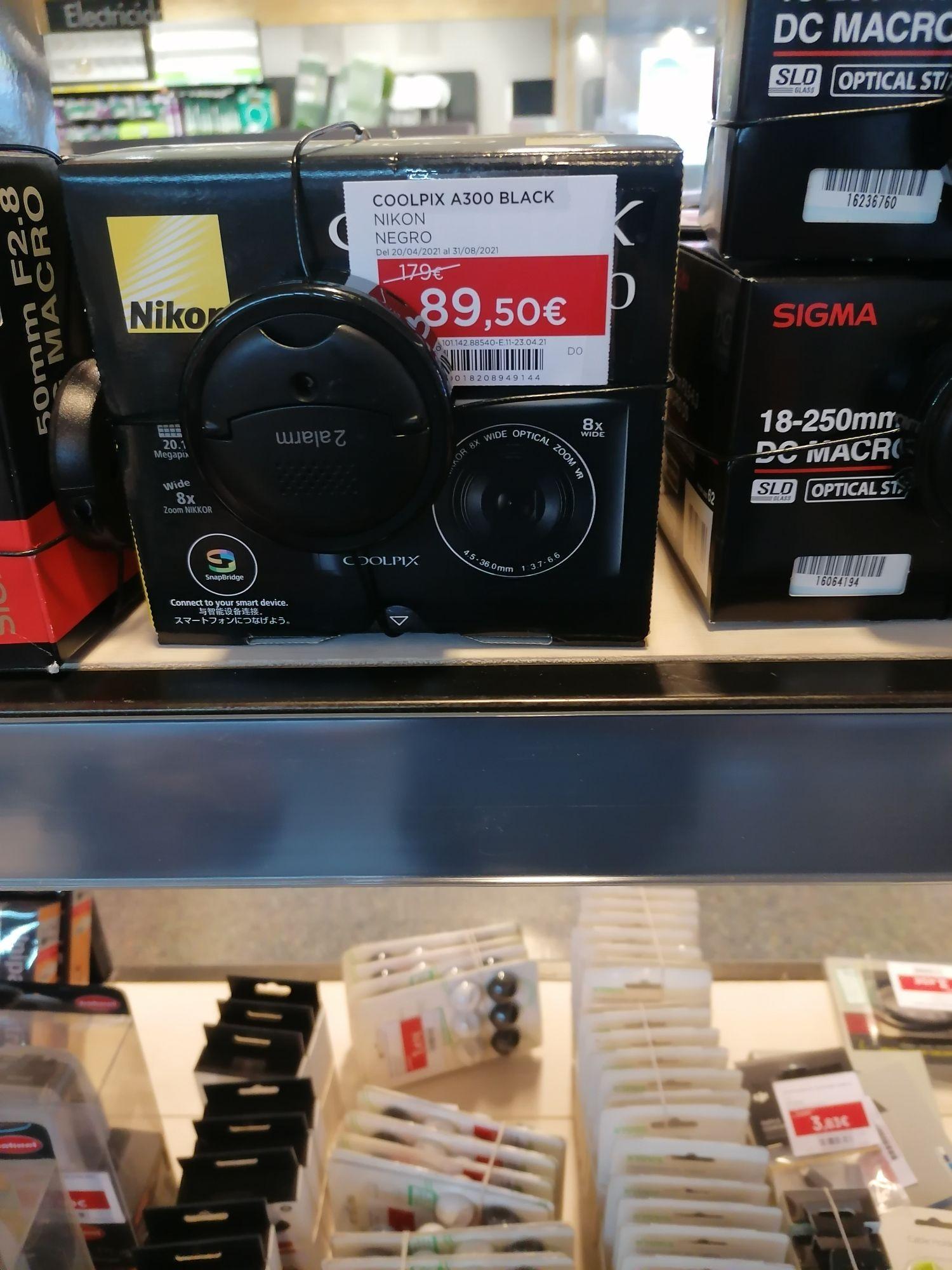 Nikon Coolpix A300 black en El Corte Inglés de Nervión en Sevilla