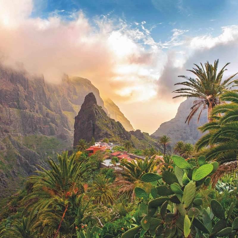 Mayo en Tenerife: Vuelo directo + 4 noches en Hotel 3 estrellas solo 65€ p.p.
