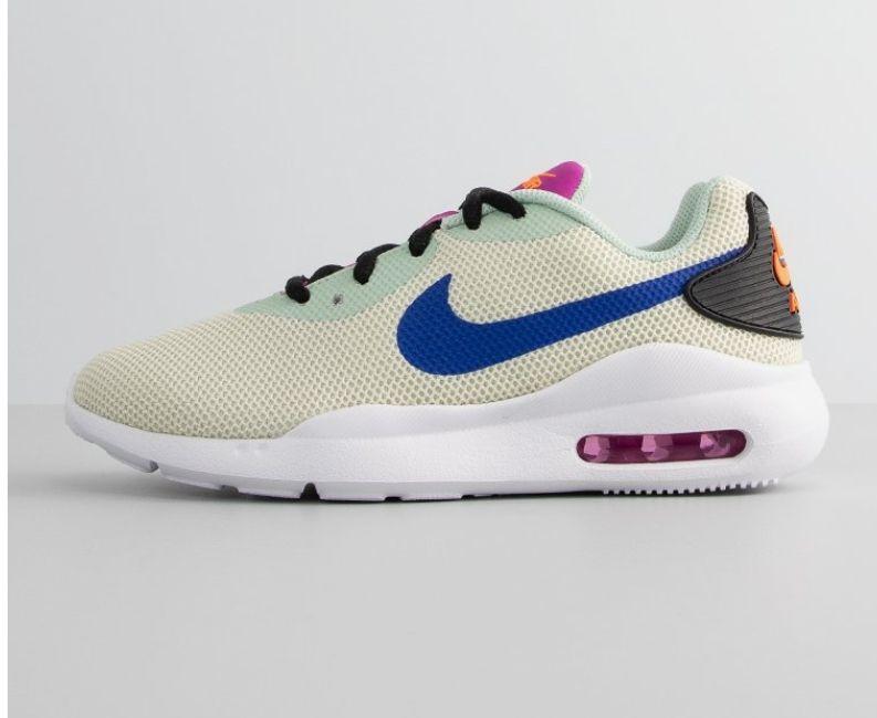 Nike Sportswear AIR MAX OKETO. Tallas 36 a 41