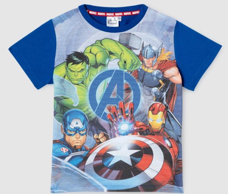 Camiseta Avengers para niños de 4 a 12 años.