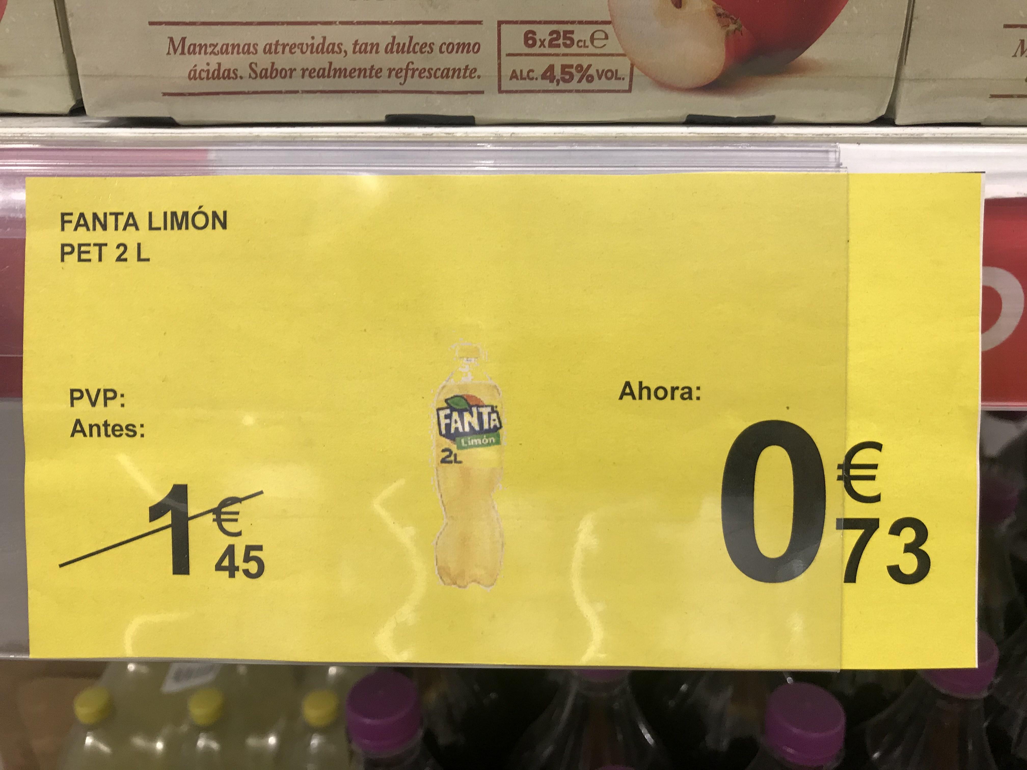 Fanta de limón en carrefour gran turia (valencia)