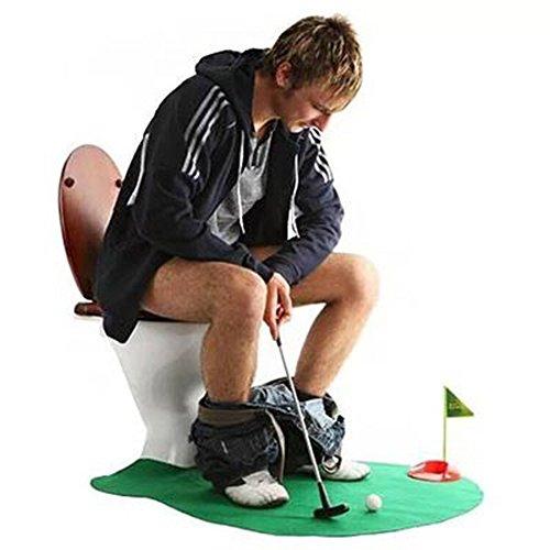 Refina tus habilidades de putting mientras estás en el inodoro.