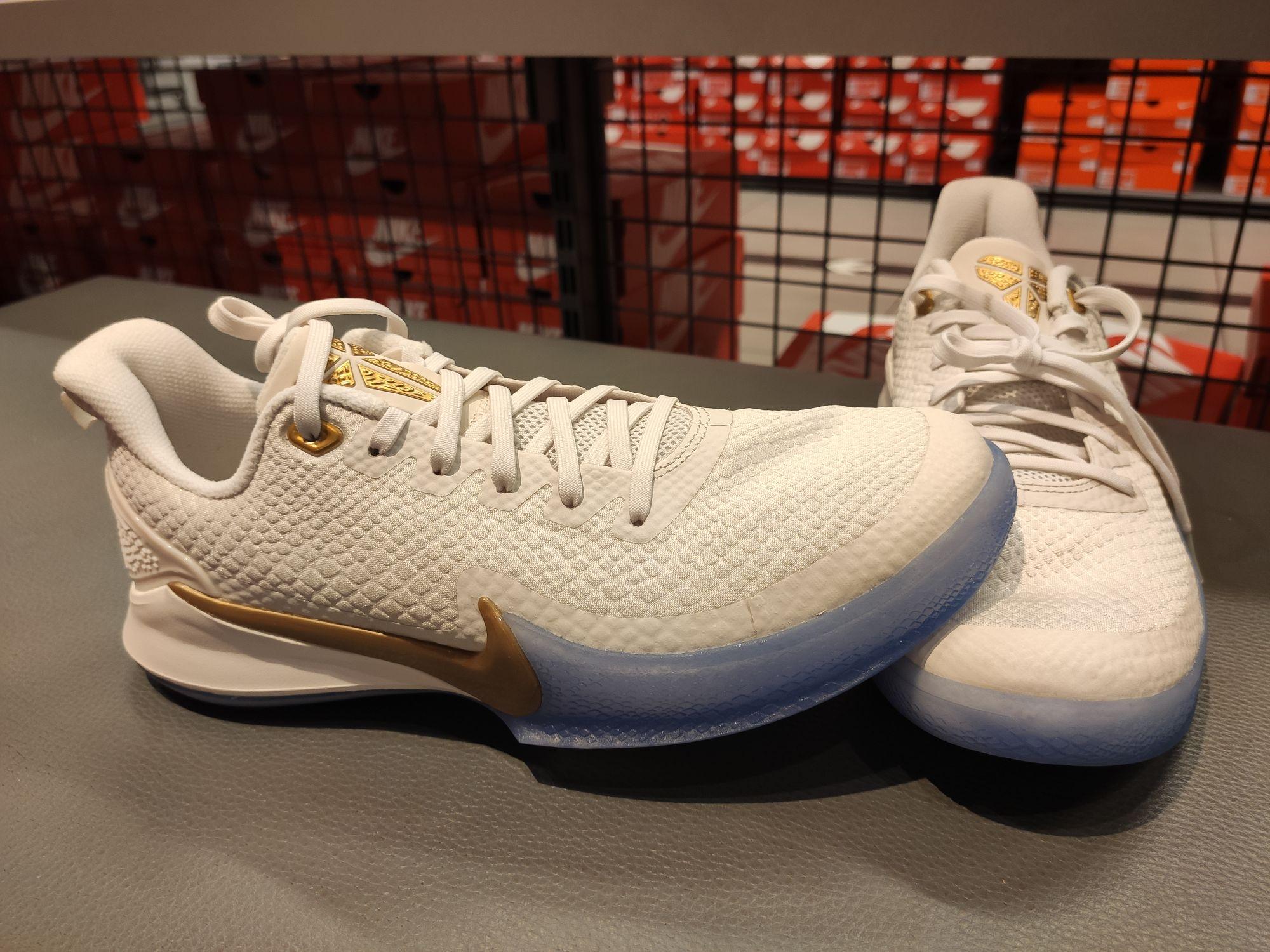 Zapatillas baloncesto mamba focus en tienda Nike Zaragoza (Puerto Venecia)