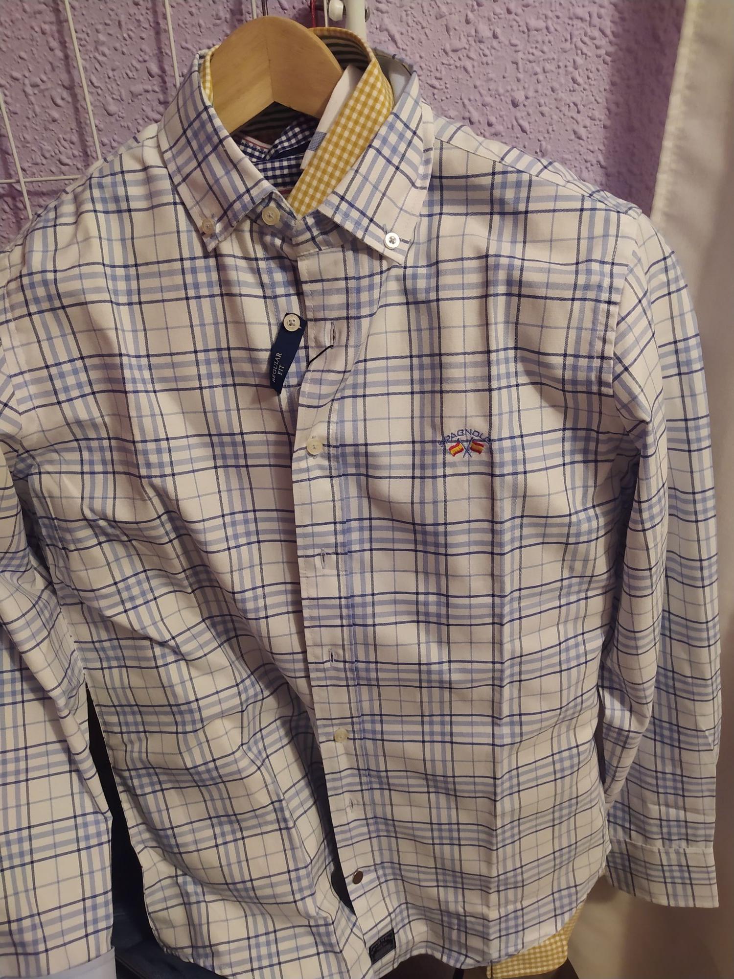 Camisas spagnolo tallas s y xs 2x1