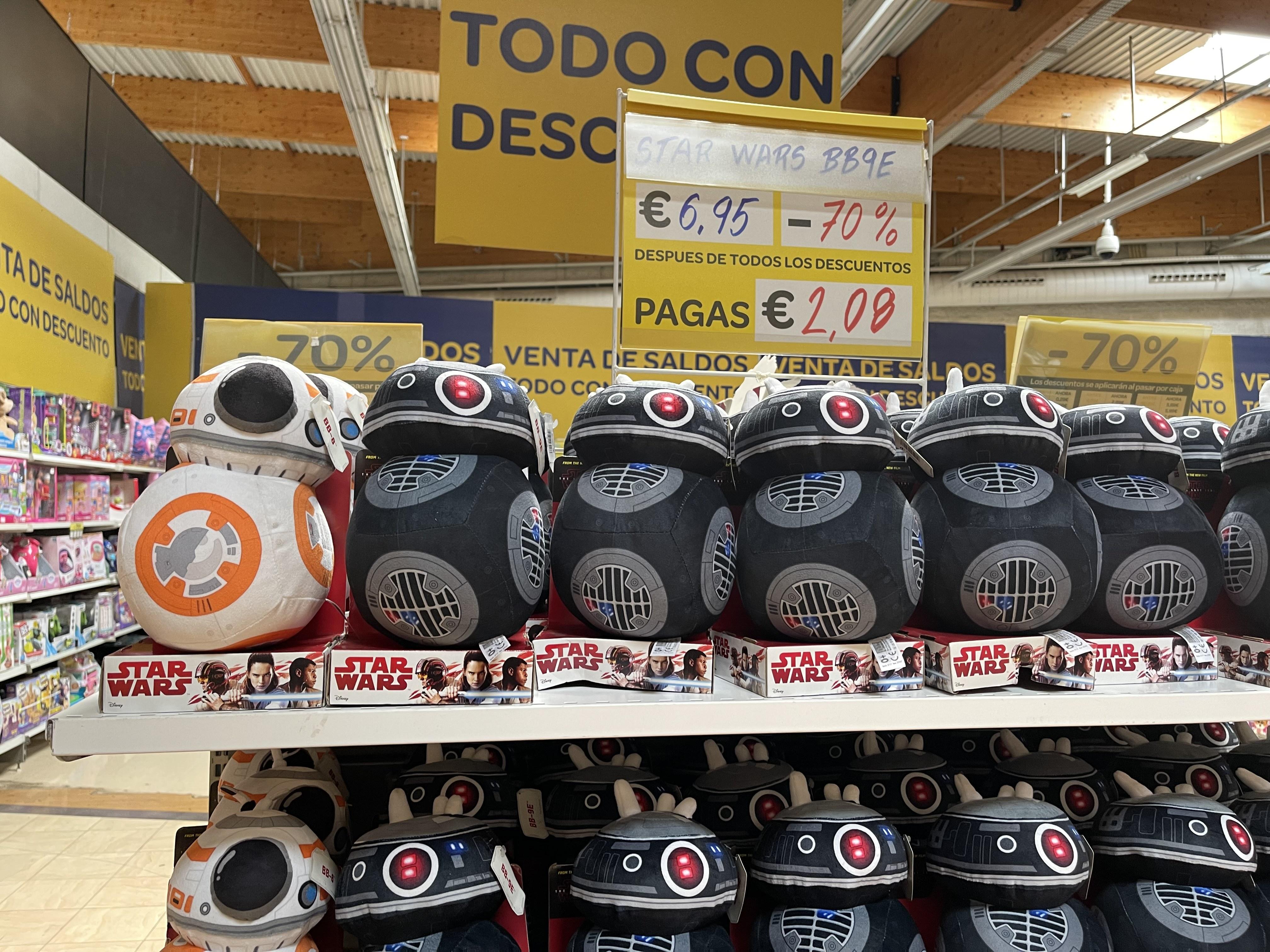 Peluches Star Wars, BB8, BB9… (Carrefour Atalayas, Murcia)