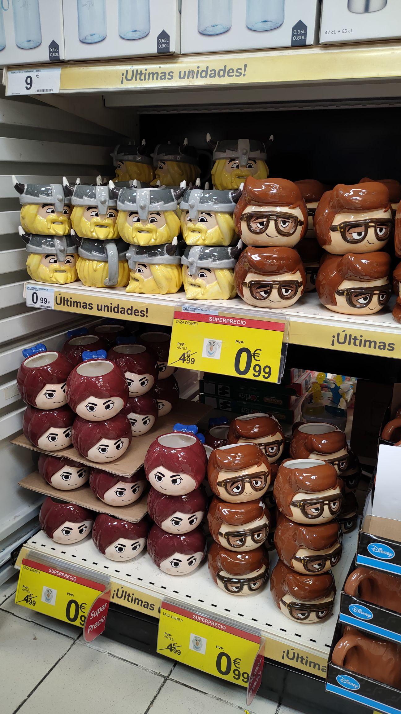 Tazas Playmobil en Carrefour Torrelavega