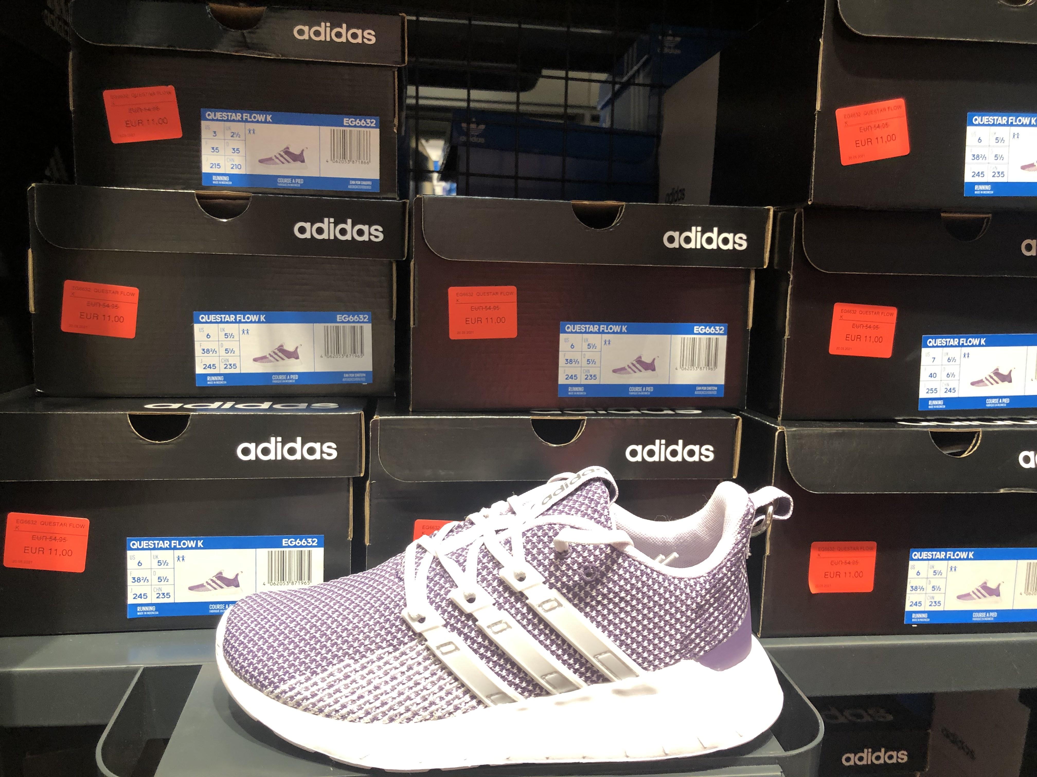 Adidas QUESTAR FLOW en el outlets de Adidas en Barakaldo