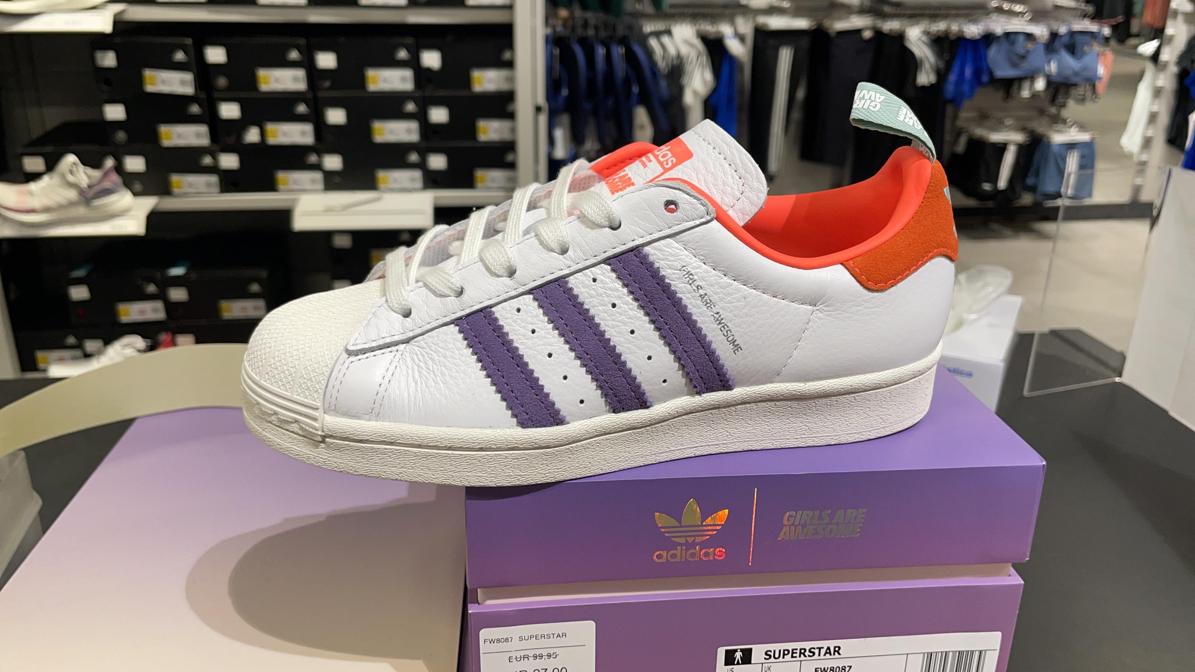 Adidas SUPERSTAR edicion Limitada