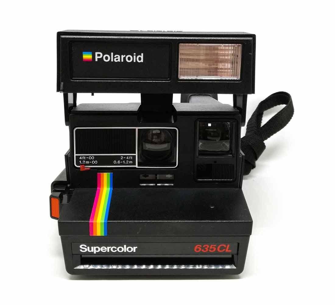 Cámara Polaroid 600 635CL (DIAS PLUS)