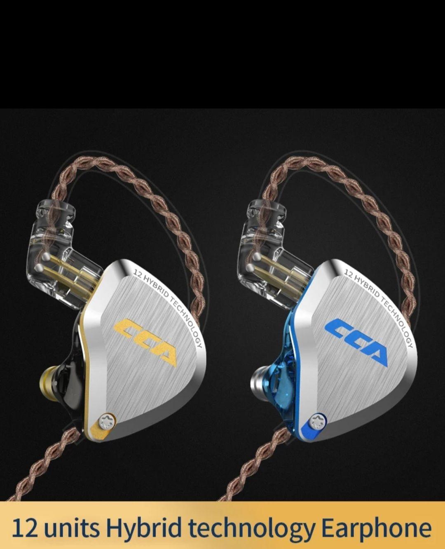 auriculares híbridos CCA C12, con 5BA+1DD
