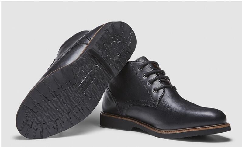 TALLAS 39, 43, 44, 45 y 46 - Botines Dustin de Piel (+ Zapatos en Descripción)